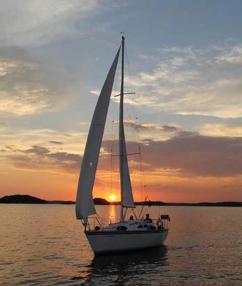 Hunter 28.5, 1988 sailboat