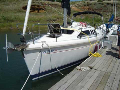 Hunter 29.5, 1995 sailboat
