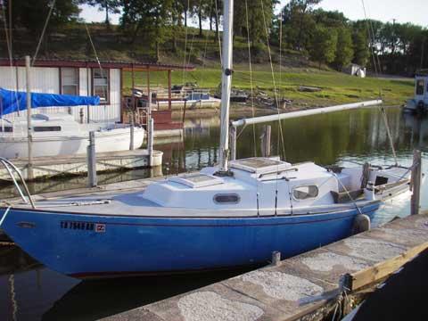Kenner Kittiwake 23, 1967 sailboat