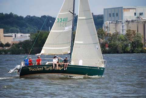 Lindenberg 26, 1979 sailboat