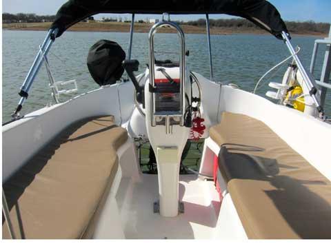 MacGregor 26M, 2007 sailboat