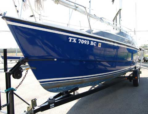 MacGregor 26M, 2004 sailboat