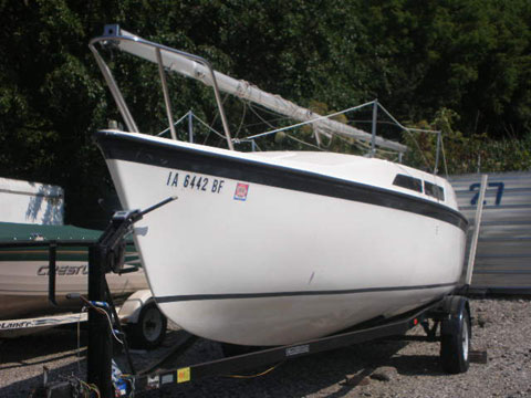 MacGregor 26, 1995 sailboat