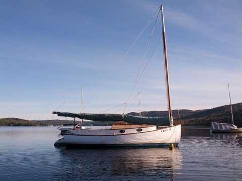 Marshall Sanderling 18', 1964 sailboat