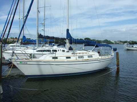 Pearson 303, 1985 sailboat