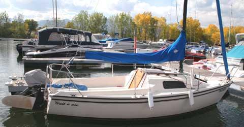 Precision 18, 1988 sailboat