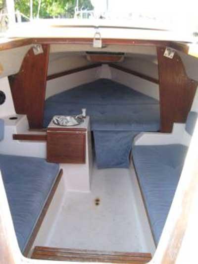 Precision 21, 1990 sailboat