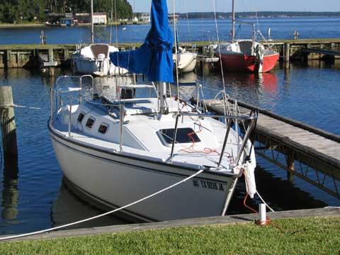 Precision 23, 1998 sailboat