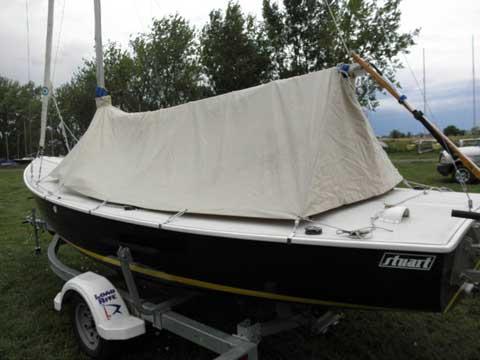 Rhodes 19, 2004 sailboat