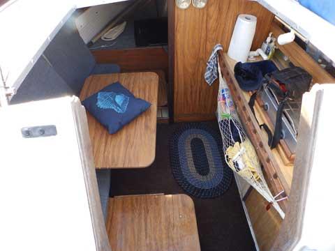 Rhodes 22, 1988 sailboat
