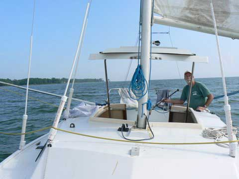 Rhodes 22, 1981 sailboat