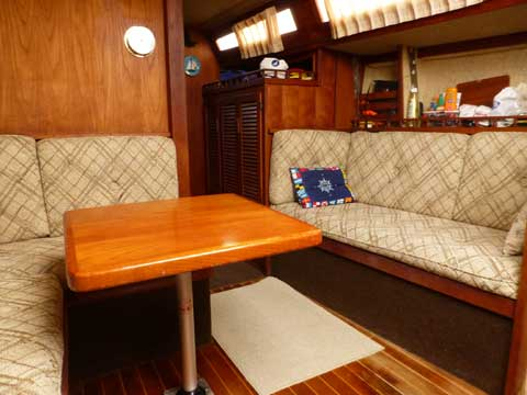 S2 9.2A, 1981 sailboat