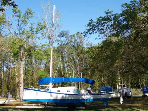 Colvin Sharpie, 25', 2003 sailboat