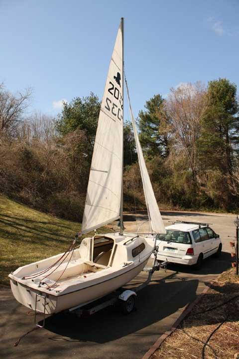 Siren 17, 1980s sailboat