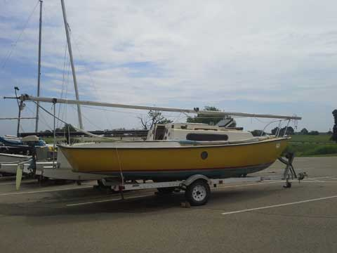 South Coast 22, 1975 sailboat