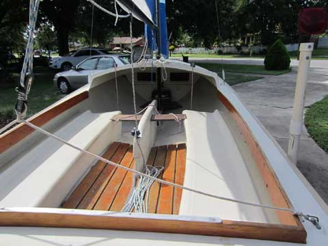 Spindrift Daysailer One, 1981 sailboat