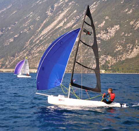 Topper Topaz Race X, 2010 sailboat