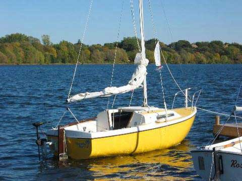 Venture 17, 1974 sailboat