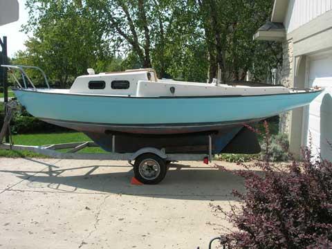 Victoria 18, 1981 sailboat