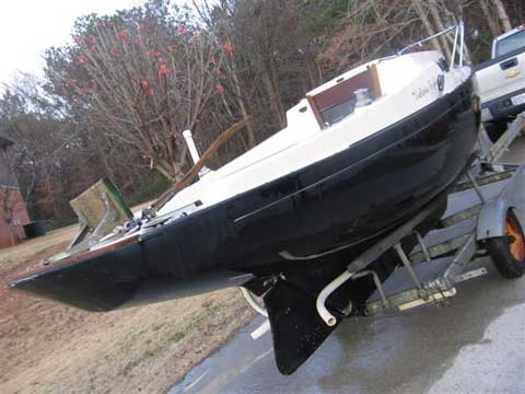 Victoria Sloop, 18.5, 1981 sailboat