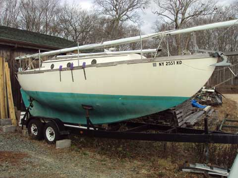 Voyager 26, 1983 sailboat