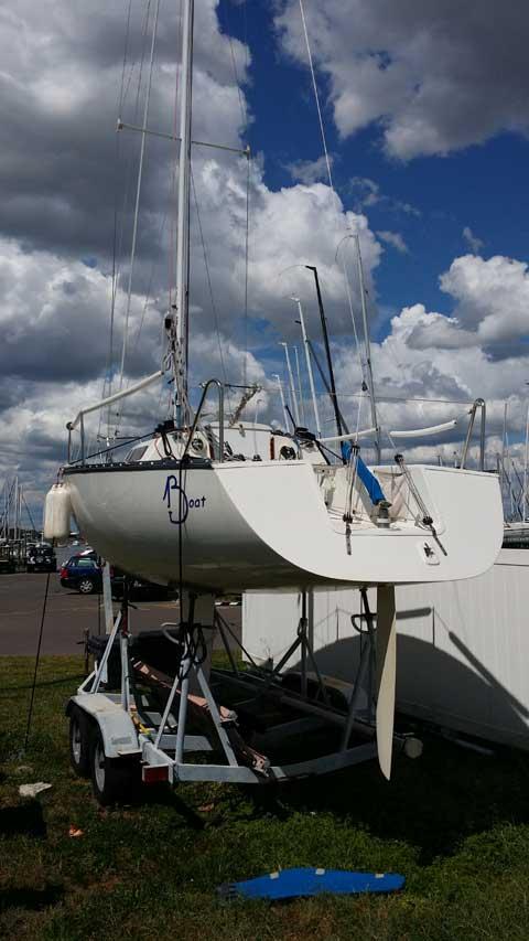 Wavelength 24', 1983 sailboat