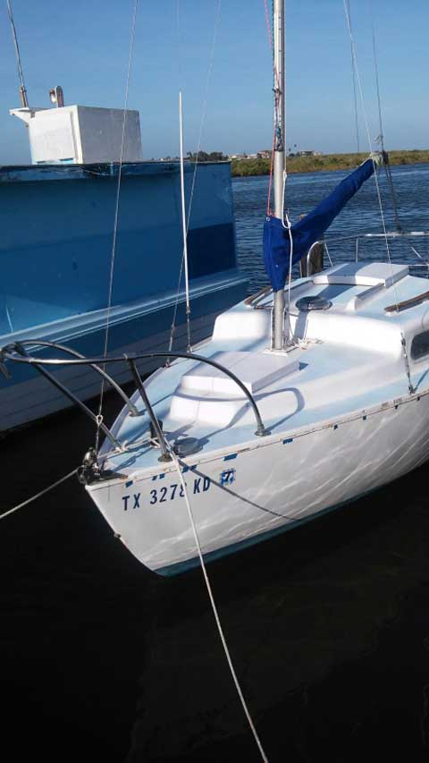 Alacrity 19', 1984 sailboat