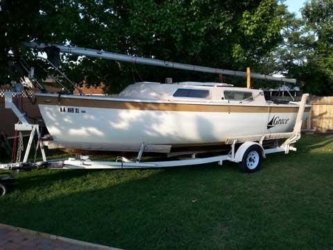 Aquarius 23, 1971 sailboat