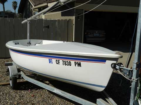 Capri 14.2, 2000 sailboat