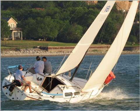 Catalina Capri 25, 1981 sailboat