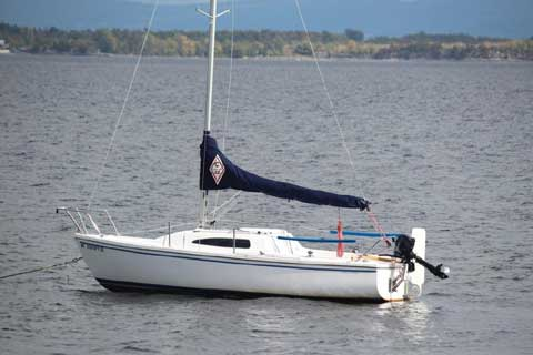 Catalina 22 Sport, 2007 sailboat