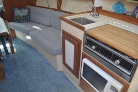 Catalina 28, 1990 sailboat