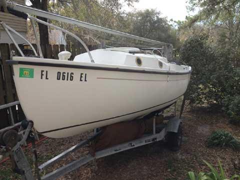 Com-Pac 16, 1982 sailboat