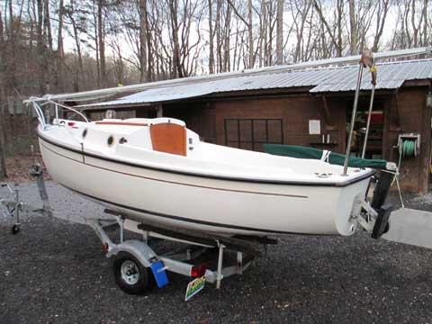 ComPac 16 MK I, 1983 sailboat