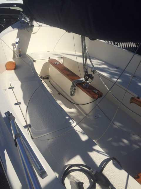 Compac Picnic CatBoat, 2011 sailboat