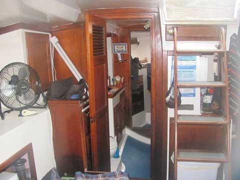 Coronado 41', 1973 sailboat