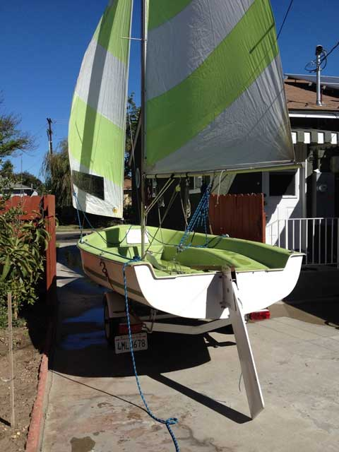 Dart 17, 1975 sailboat