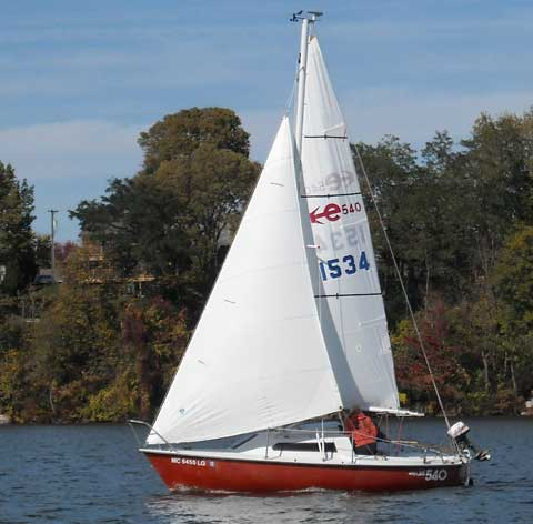 EDEL 540, 18', 1981/2010 sailboat