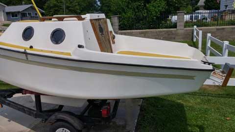 Melges Guppy 13', 1977 sailboat