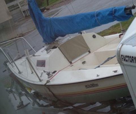 Holder 20, 1982 sailboat