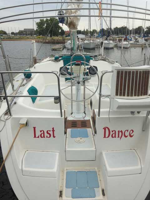 Hunter 30, 1989 sailboat