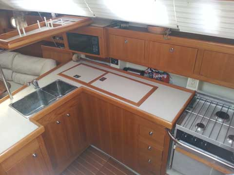 Hunter 380, 2000 sailboat