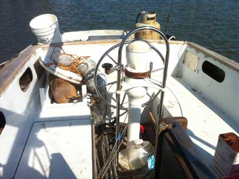 Huromic 37, 1981 sailboat