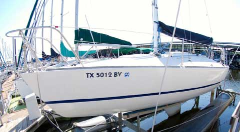 J24 1983 Lake Grapevine Texas Sailboat For Sale From