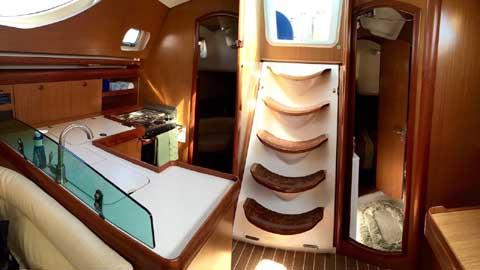 Jeanneau 42 DS, 2007 sailboat