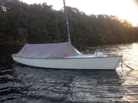 Allen Lightning, 1983 sailboat