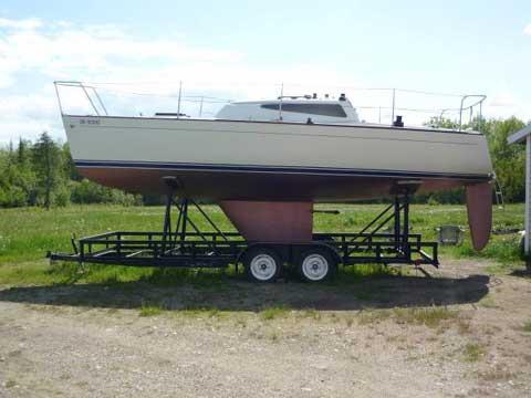 Lindenberg 26, 1977 sailboat