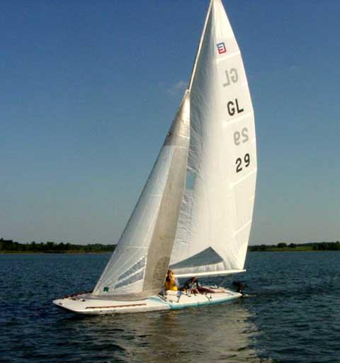 Johnson E Scow, 1990 sailboat
