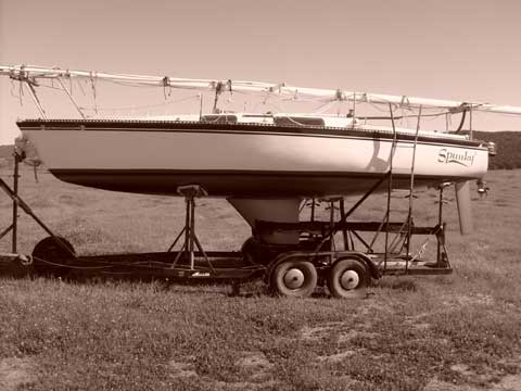Merit 25, 1983 sailboat
