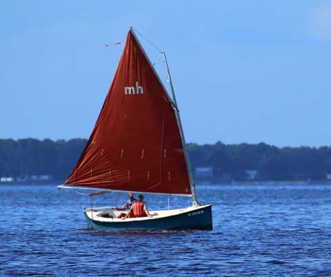 Mud Hen 17, 1986 sailboat